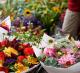 Магазин по продаже цветов и зоотоваров на пр.Ветеранов